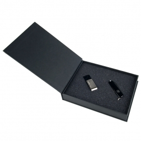 Set PWEG S41 - Taschenmesser Victorinox + USB-Stick Silicon Power 16 GB