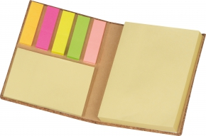 Notizbuch mit Haftnotizen
