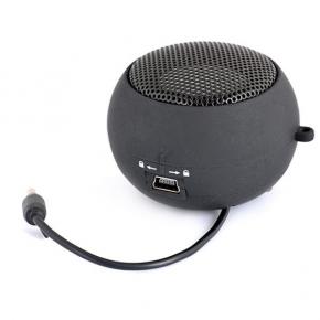 Rounded shape portable speaker